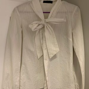 Limited size M long sleeve blouse with tie collar